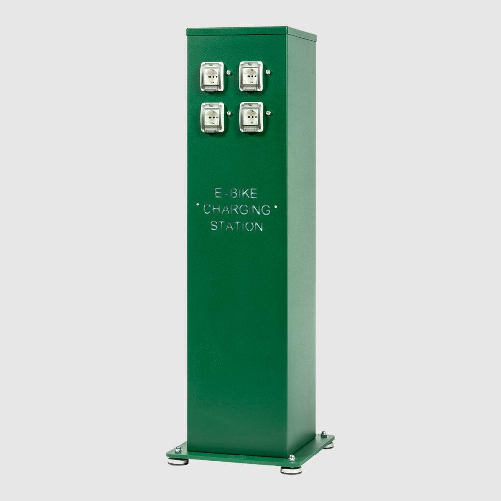 colonnina-postazione-ricarica-e-bike-2-4-prese-compressore
